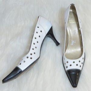 Stuart Weitzman *6* Pointy Toe Circle Cutout Heels